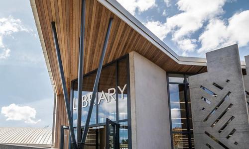 7220-05-Pinehurst School Library_Entry View - West